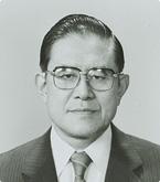五代教授 本多 芳男